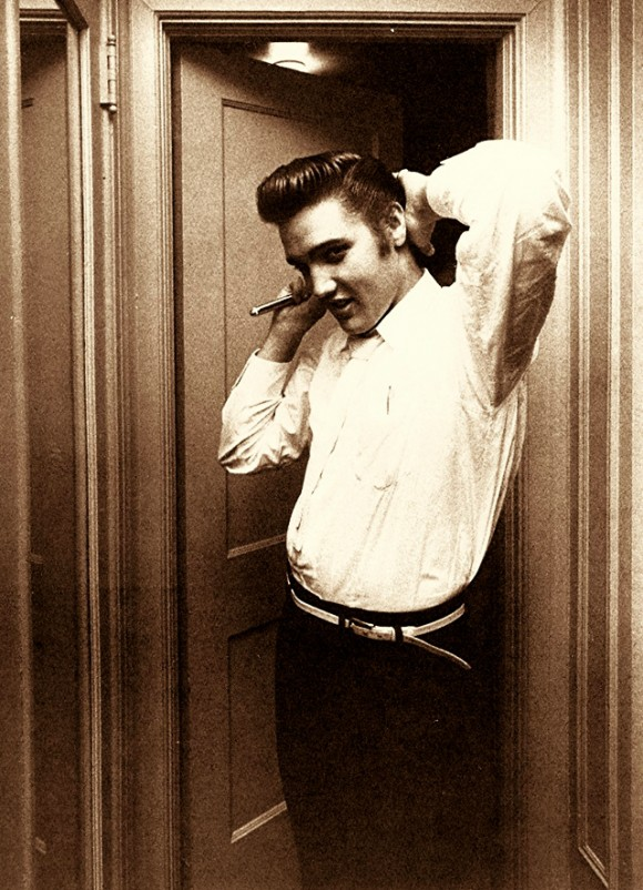 Elvis Presley Comb Very Classy: Slicked Back Hairstyle