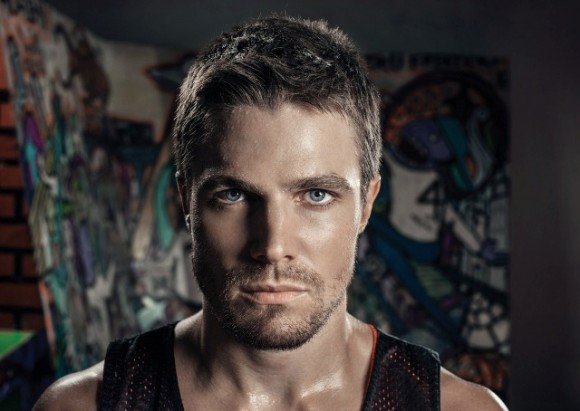 Stephen Amell Short Hair Very Classy: Men Short Hairstyles