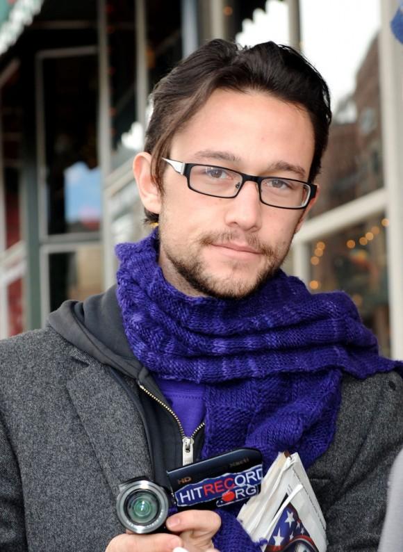 Joseph Gordon Levitt Glasses Style Inspiration: Eyeglass