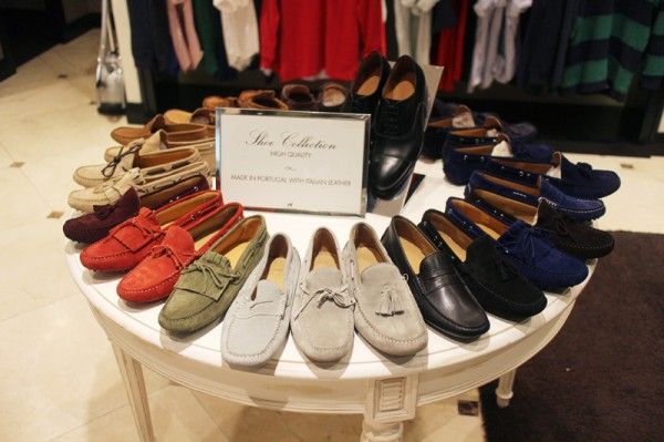 32 Sacoor Brothers Loafers