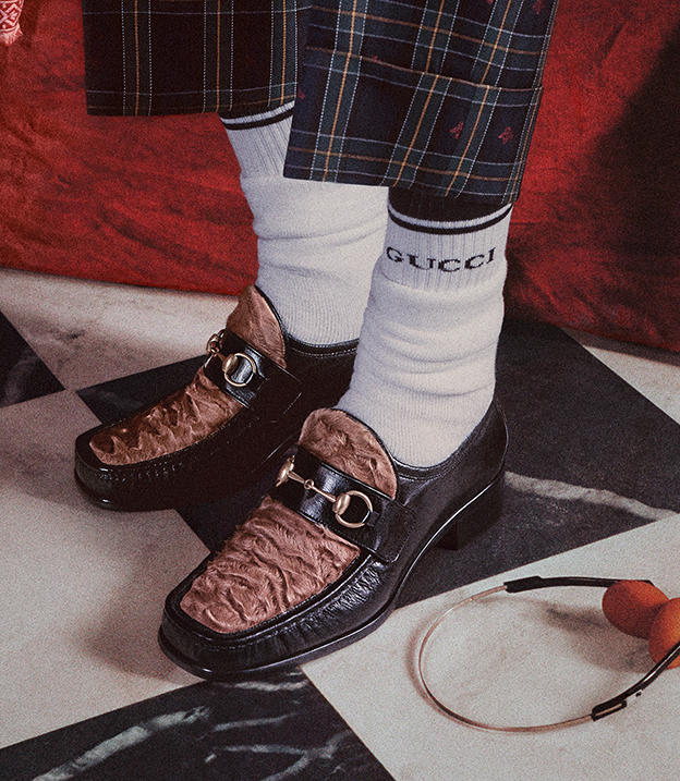Gucci Cruise 2018 8 Gucci Launches Roman Inspired Cruise 2018 Campaign